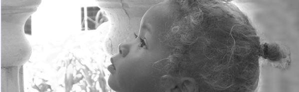 Sicherheit für Babys und Kleinkinder zu Hause und unterwegs